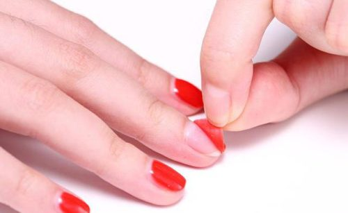 Почему после гель-лака тонкие ногти