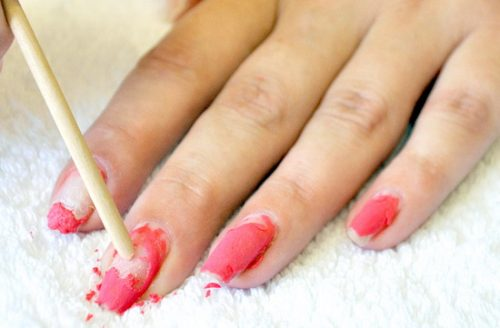 Болят ногти после снятия лака