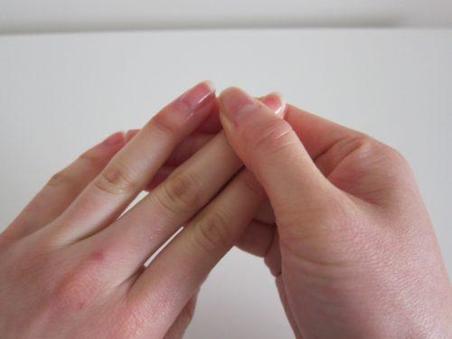 Почему чешутся пальцы после гель-лака
