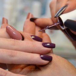 Почему не держится гель-лак на ногтях