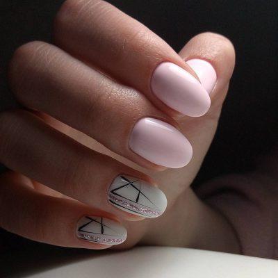 Ногти средней длины