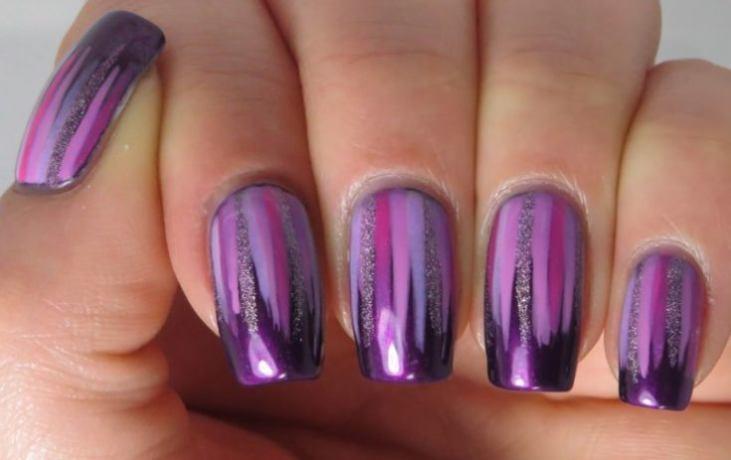 Маникюр нежно-фиолетового цвета с бежевым